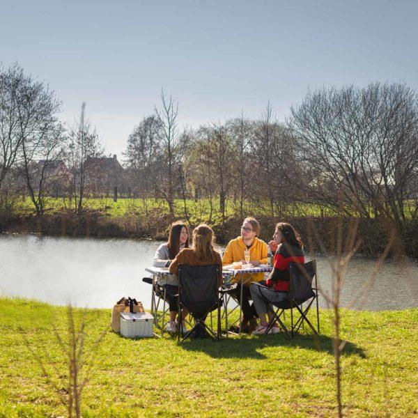 Cadeaubon Picknick Opgezet En Afgeruimd Aan Maaigemdijk (2 Personen)