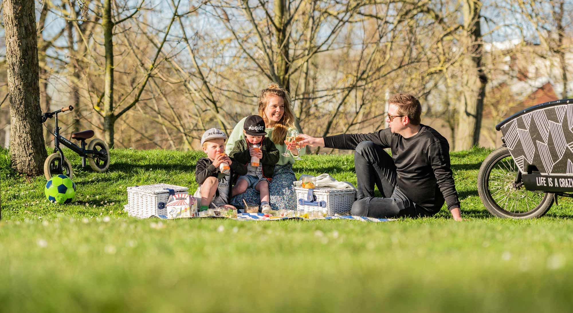Foodbart_Saar-Roel_Picknick-Met-Kinderen_Deinze-Saar en roel